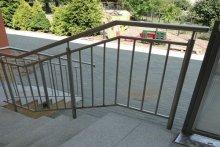Balustrady schodowe ze stali nierdzewnej