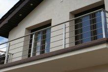 Balustrady balkonowe stal nierdzewna