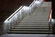 Balustrady podświetlane dworzec PKP Lublin